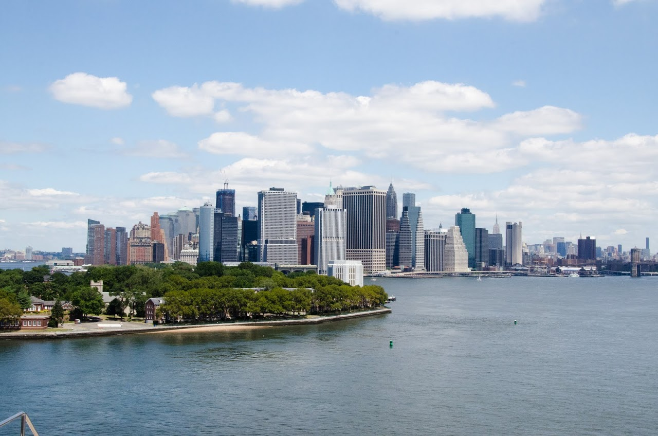 View of Manhattan from the QM2